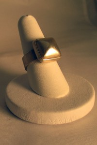 Jewelry-ModernistSilverRing02