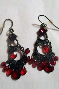 Valentines-RedGemDropEarrings01